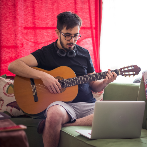 Special Offer: 6 Month Online Guitar Lesson Package with a FREE GUITAR! 7
